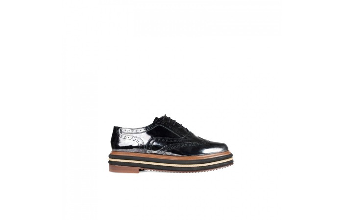 Leather Oxford shoes