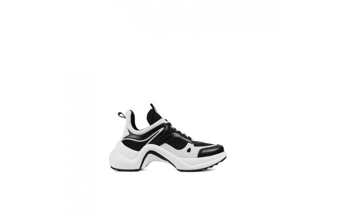 Sneaker Plataforma Nami Sky