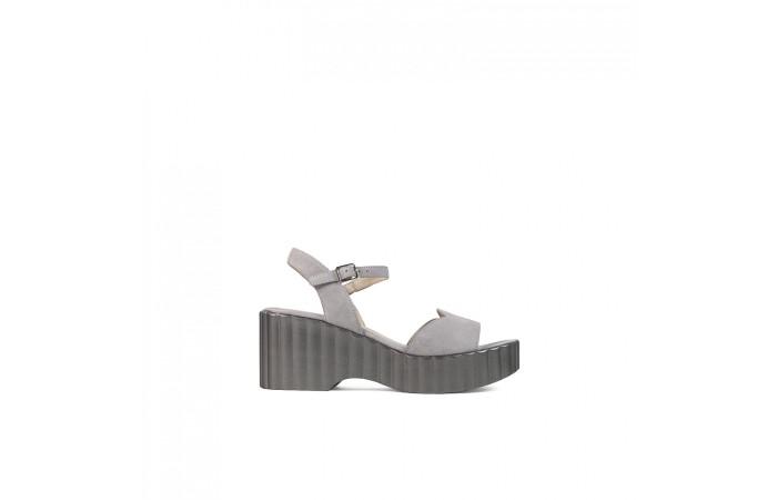 Waves Platform Sandal