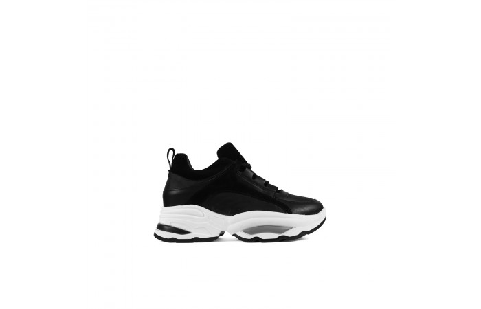 Black Keyra Sneaker