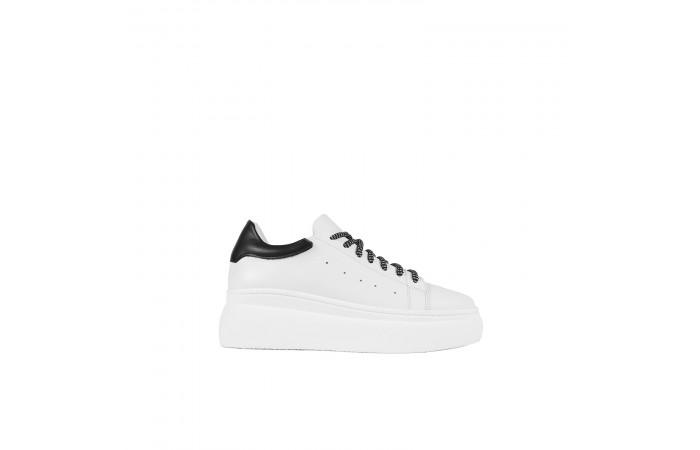 Sneaker Plataforma Nina Black