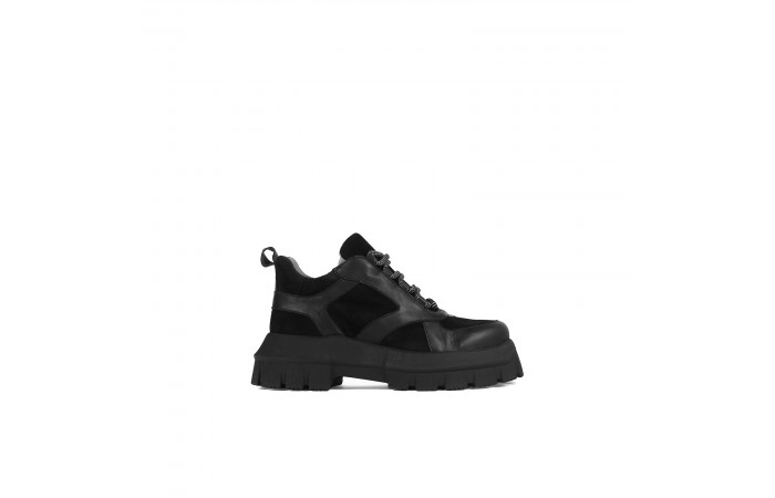 Sneaker plataforma Adele