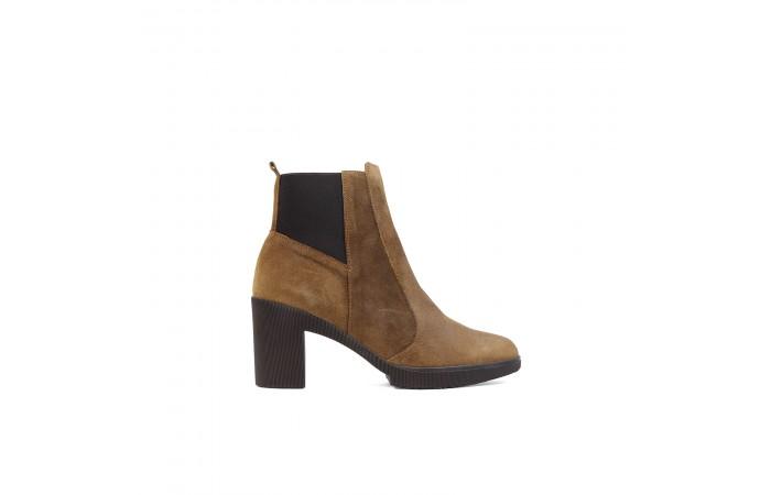 Camel Regina ankle boots