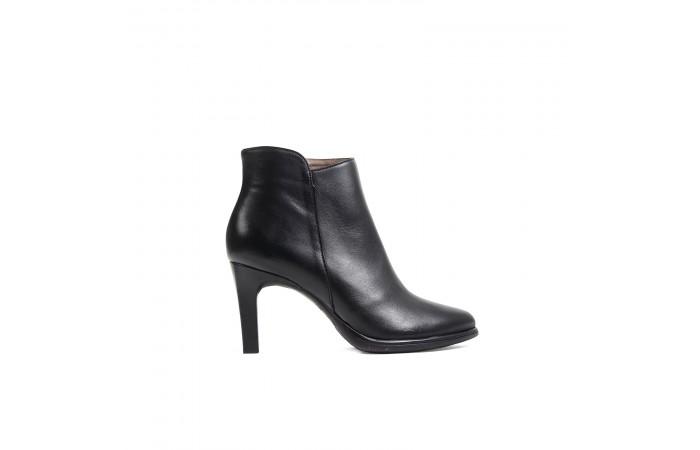 Black charlotte heel boots