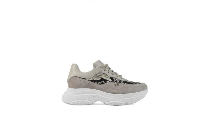 Sneaker Plataforma Yoko...