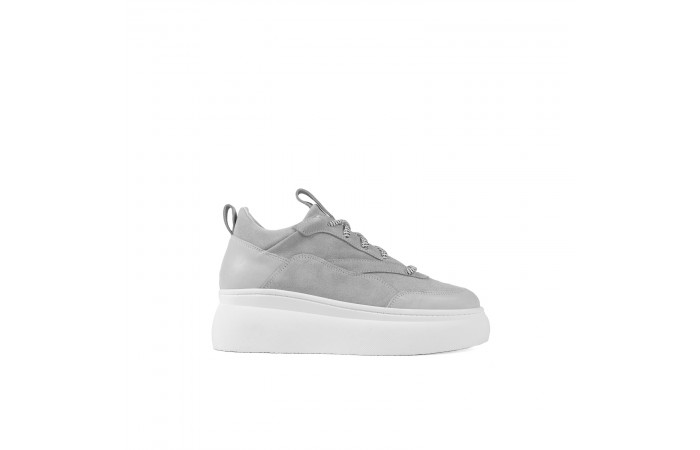 Gray platform Nina Sneaker