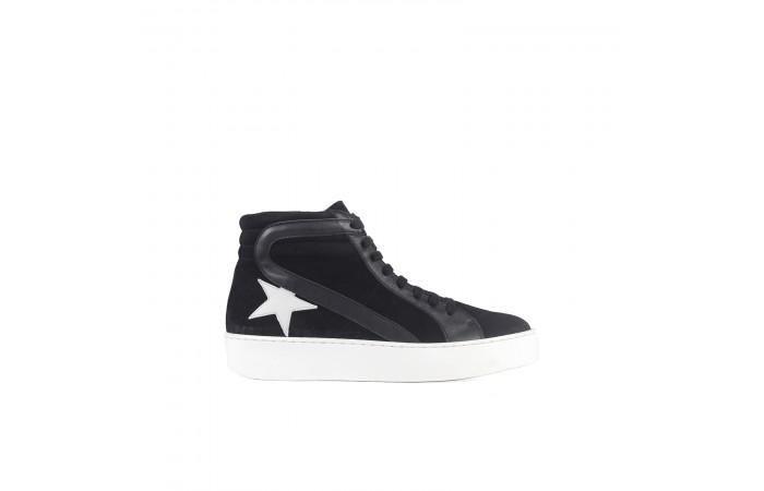 Black star sneaker boots