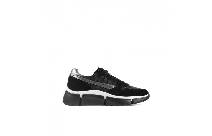 Black platform Jane sneaker