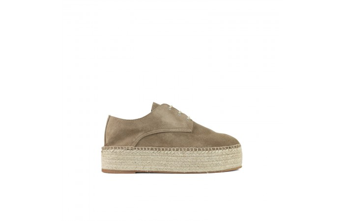 Beige Plataform Toscana shoes