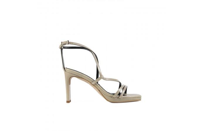 Beige geometric heel sandal