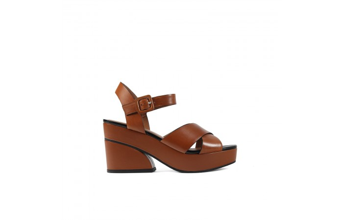Brown Geometric Platform...