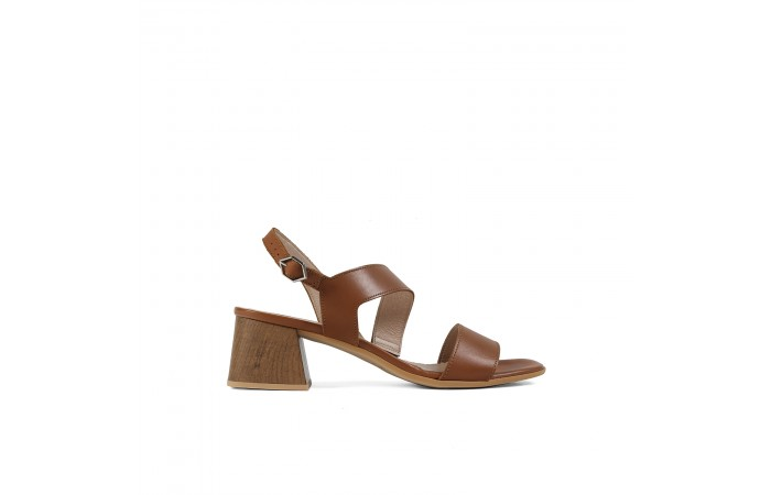 Brown geometric heeled sandal