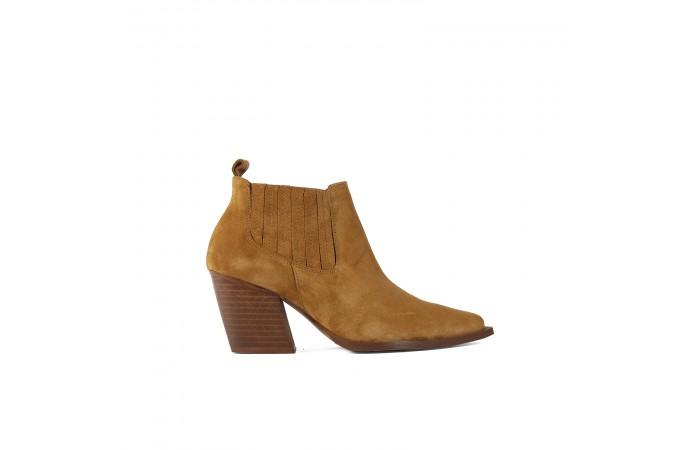 Cowboy Gabriela boots