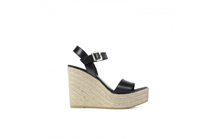 Black wedge platform sandals