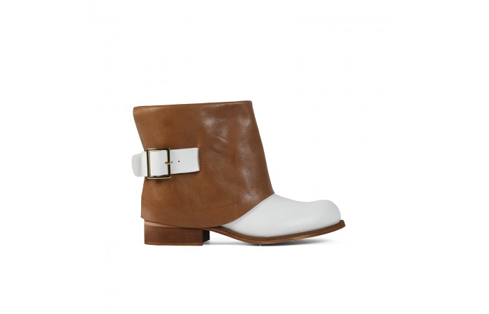 White Maiba ankle boots
