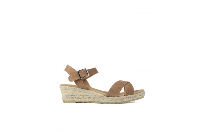 Brown wedge esparto sandals