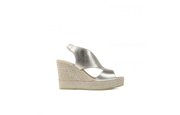Gold crossed wedge platform...