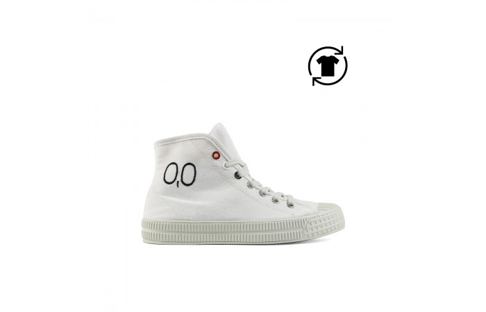 White platform 00 upas sneaker