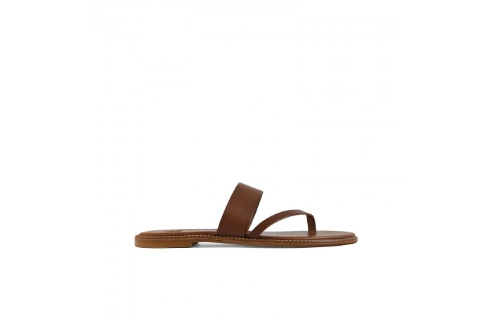 Leather strap flat sandal