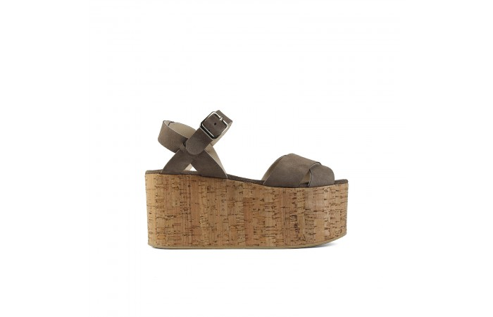 Brown crossed platform sandals
