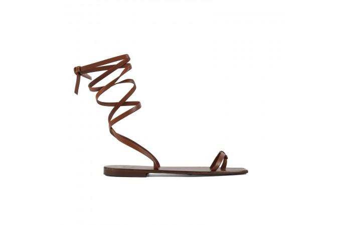 Sandalia plana tiras cuero