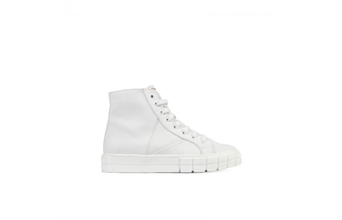 White Verona Sneaker Boots