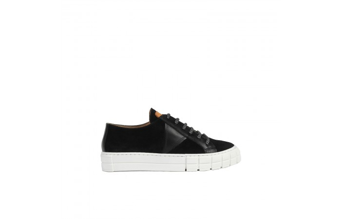 Black Verona Sneaker
