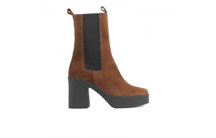 Suede platform Valerie Boots