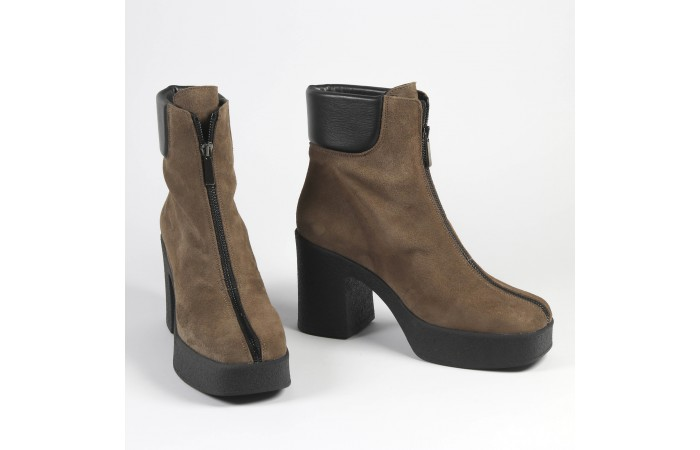 Taupe zip Valerie Boots