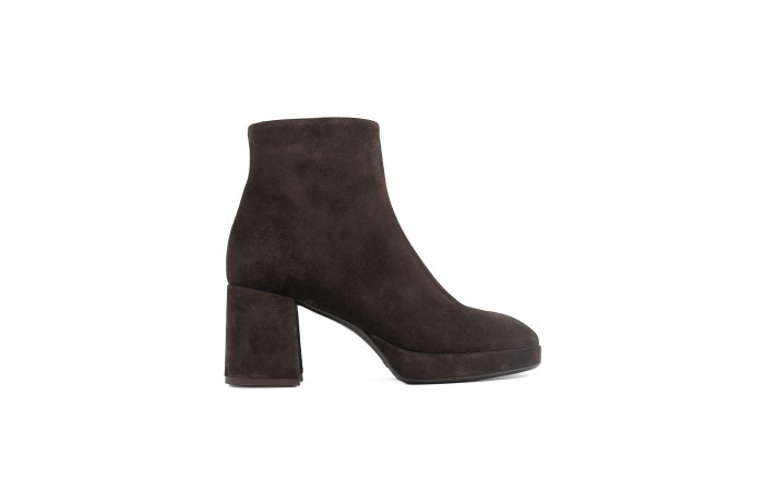 Brown Olivia heeled Boots