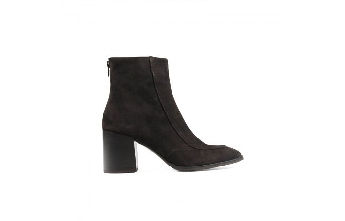 Brown suede Keyra heeled Boots