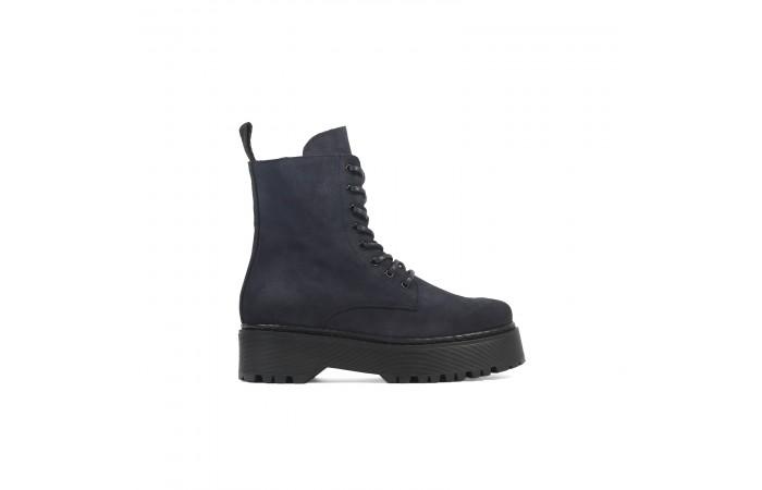 Suede platform stark boots