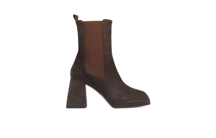 Brown Bonnie Elastics Boots