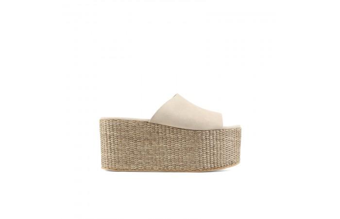 Beige toasted platform sandals