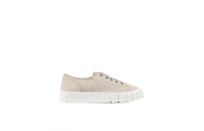 Beige Verona Sneakers