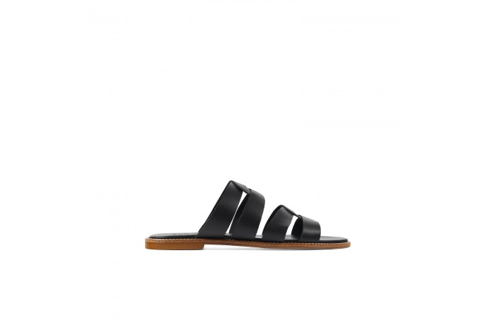 Ares flat sandals