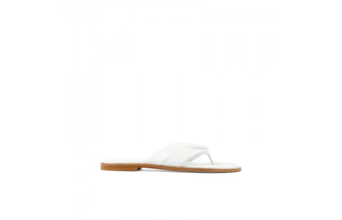 White Hidra flat sandals