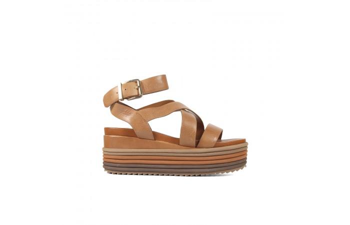 Laminated platform sandals