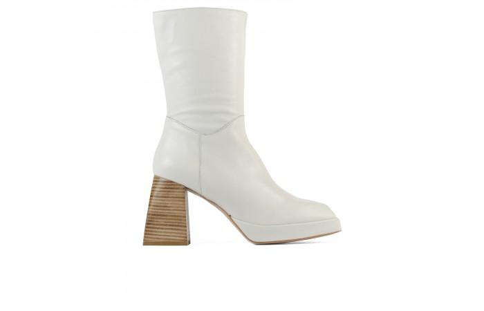 White Bonnie Boots